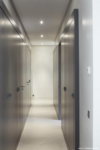 Appartement contemporain à Saint Germain des Prés : Circulation - rangements