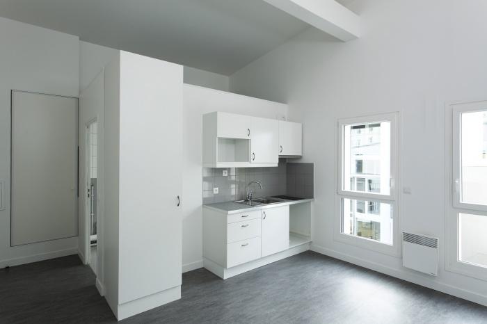 Restructuration et surélévation d'un immeuble de logements, Paris XXe : Gambetta_078 site
