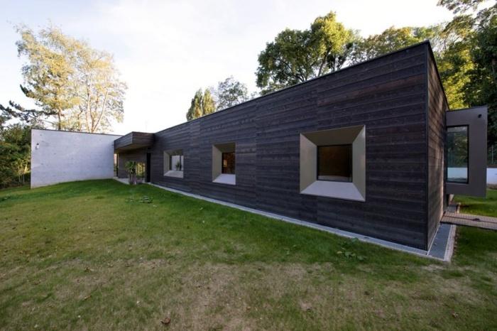 War House : 7