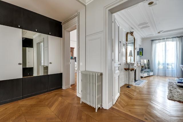 Appartement Paris 9 : Poissonnières-entrée2