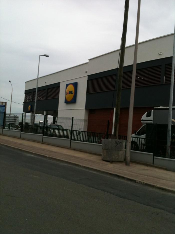 Construction d'une surface commerciale
