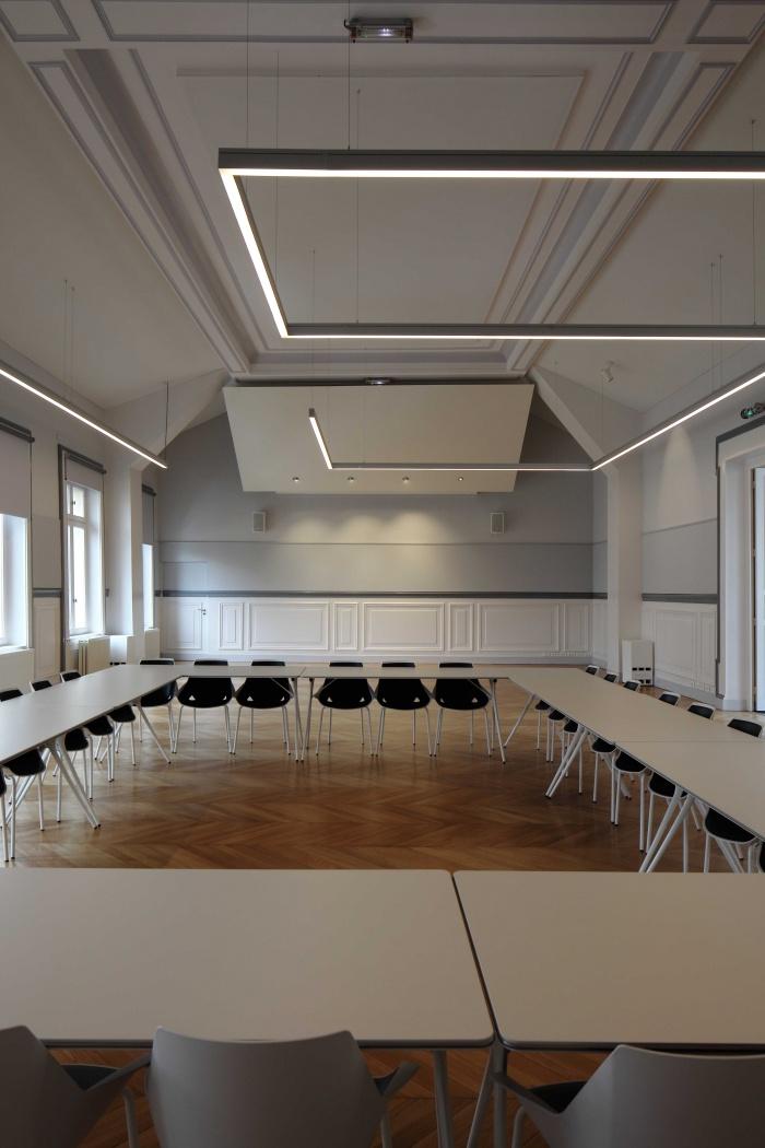 Salle polyvalente dans un lycée parisien : IMG_7635Salle-Colbert