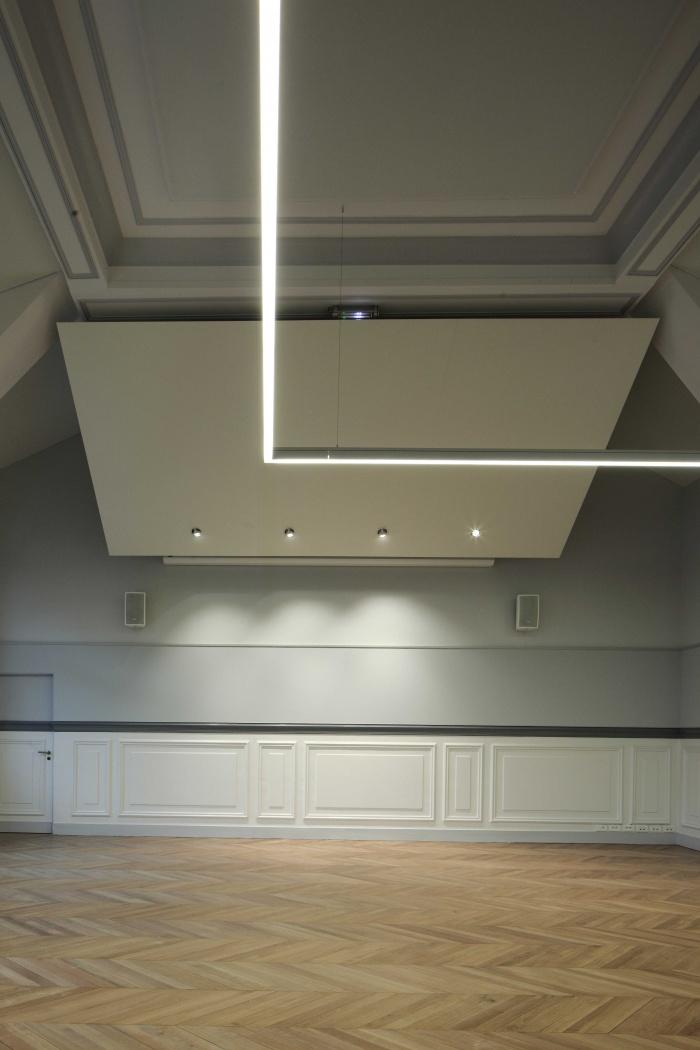Salle polyvalente dans un lycée parisien : zMG_7301Salle-Colbert-matin